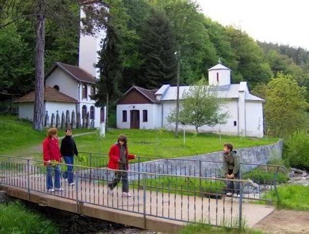 crkve i manastiri vera