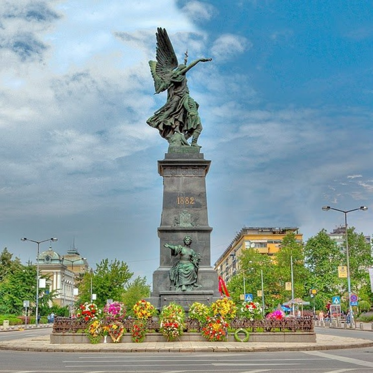 spomenik krusevac trg